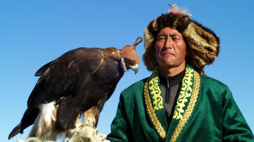 best-private-and-group-tours-to-mongolia-big-0