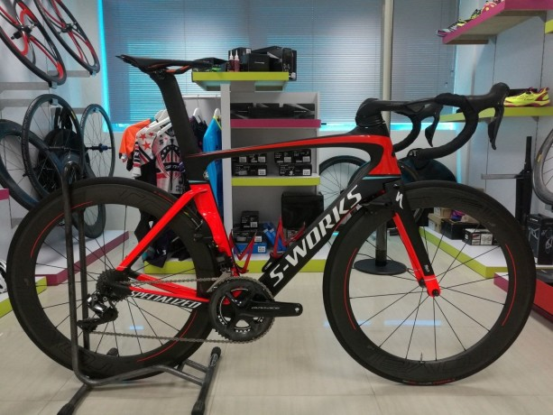 2019-specialized-mens-turbo-levo-comp-carbon-big-1